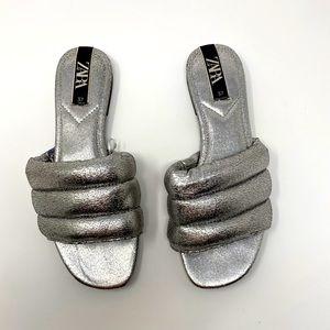 Zara puffy slides
